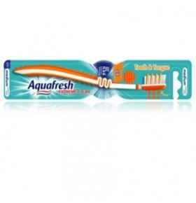 Зубная щетка Aquafresh Extrime Clean 1шт
